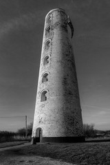 LEASOWE LIGHTHOUSE, LEASOWE COMMON, MORETON, MERSEYSIDE, ENGLAND. (ZACERIN) Tags: irish paul lighthouses united great oldest on the in christopher brickbuilt photography sea common of photos england kingdom irish britain lighthouse england lighthouses britains lighthouses merseyside zacerin picures leasowe moreton brickbuilt wirral merseyside greasby