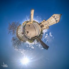 Herz-Jesu Planet (Ukelens) Tags: sunset shadow sun church photoshop germany deutschland shadows sonnenuntergang little kirche planet sonne sunbeam sonnenstrahl kleiner lightroom sonnenschein singen badenwrttemberg herzjesu littleplanet ukelens