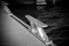 Taquet ... ( P-A) Tags: photos passion t voile bonheur plaisir quai navigation joie paix bitte nautisme estival simpa amarrage modedevie cvgr taquet ancrage aylmerqubec monvoilier simpa