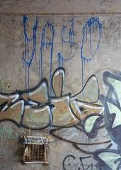 - (txmx 2) Tags: graffiti hamburg altona ottensen yaso whitetagsspamtags whitetagsrobottags