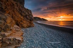 PLAYA DE VALLINA . ASTURIAS. (Miguel A. Pujalte) Tags: sunset costa seascape sol beach de mar asturias playa paisaje puesta cudillero maritimo