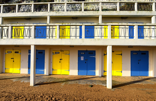 """Broadstairs Kent • <a style=""""font-size:0.8em;"""" href=""""http://www.flickr.com/photos/41894159895@N01/23948777504/"""" target=""""_blank"""">View on Flickr</a>"""