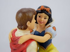 Jim Shore's ''Happily Ever After'' Figure - Snow White and the Prince - Disneyland Purchase - Deboxed - Portrait Left Front View (drj1828) Tags: california us disneyland anaheim boxed purchase dlr theprince snowwhiteandthesevendwarfs 2016 jimshore