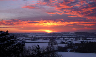 A Worcestershire winter sunrise - Explore 060216