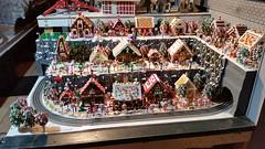 KCBricklab Holiday 2015 (utinni) Tags: lego gingerbreadhouse unionstationkansascity legogingerbreadhouse kcbricklab holiday2015