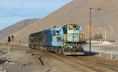 Dirty vs. Clean (david_gubler) Tags: chile train railway llanta potrerillos ferronor