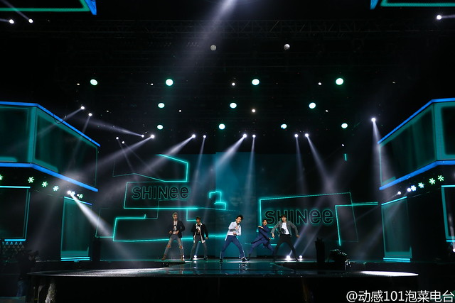 160328 ‎SHINee @ '23rd East Billboard Music Awards' 25521226604_d009e80c0b_z