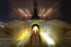 Der Mnch ist zurck (Sven Grard (lichtkunstfoto.de)) Tags: longexposure light lightpainting berlin night lights nightshot nacht nophotoshop nachtaufnahme lichtmalerei nachtfotografie lightart langzeitbelichtung lichtkunst longexpo