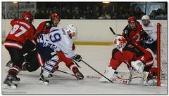 Hockey Hielo - 18 (Jose Juan Gurrutxaga) Tags: ice hockey hielo jaca playoff txuri urdin txuriurdin izotz file:md5sum=83b84491aa16cff73a12dda95e841ca1 file:sha1sig=718a9cbe3a07553068d791890dab56663f6f3364