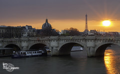 A light under the bridge (Lonely Soul Design) Tags: bridge light sunset sun paris france tower seine long exposure eiffel pont neuf