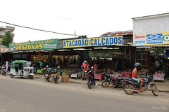 "Comercio de calzado • <a style=""font-size:0.8em;"" href=""http://www.flickr.com/photos/78328875@N05/26240409475/"" target=""_blank"">View on Flickr</a>"
