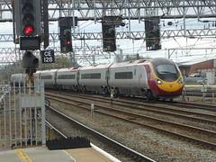 Virgin Trains 'Pendolino' arrives at Crewe (18/4/16) (*ECMLexpress*) Tags: west coast trains class virgin crewe emu 390 pendolino wcml