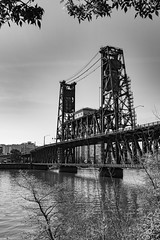 Steel Bridge (Gary Allman) Tags: oregon portland us unitedstates steelbridge portlandor willametteriver liftingbridge fujifilmxe2s episcomm16