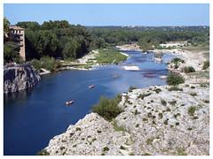 Pont du Gard (abac077) Tags: france water 30 architecture river boat eau kayak rivière bateau pontdugard gard languedocroussillon 2015 gardon