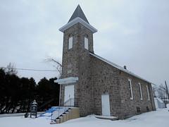 St. Andrew's United Church in Heckston Ontario (Ullysses) Tags: winter ontario canada church hiver methodism glise standrewsunitedchurch standrewspresbyterianchurch barbaraheck heckston revblairpaterson stonescorners