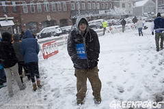 Braving The Winter Elements (Greenpeace USA 2015) Tags: usa democracy newhampshire exeter vote republican democrat keepitintheground