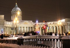 The Kazan Cathedral. View from Griboyedov Canal. (Olga Hinchcliffe) Tags: street winter decorations church monument stpetersburg cathedral columns christmastree column streetscape orthodoxchurch kazancathedral nevskiyprospekt griboyedovcanal pushkinmonument
