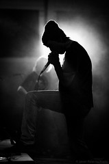 Sodbrenn @ ABG(e)R0CKT MUHA (jp-event-fotografie.de/es/) Tags: light shadow music rock concert gorro scene micro singer microphone musik musichall msica musico micrfono sodbrenn