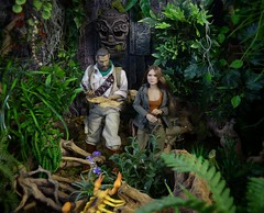 Consulting the map (MiskatonicNick) Tags: explorer jungle actionfigures babydoll 16 custom explorers diorama pmc suckerpunch adventurers hottoys sixthscale playscale cmtoys
