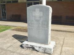 Johnson County Spanish American War Memorial, October 15,2015 (rustyrust1996) Tags: memorial kentucky courthouse spanishamericanwar johnsoncounty paintsville