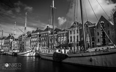 Hoge der A, Groningen (melvinjonker) Tags: longexposure houses winter light sky blackandwhite holland nature water clouds composition landscape boat canal photographer sony groningen mothernature blackandwhitephotography photooftheday naturephotography picoftheday naturelovers ndfilter landscapephotography skylovers hogedera natureperfection landscapelovers sonya58