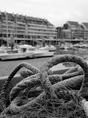 Le Pouliguen - Port (Esteban 86360) Tags: mer port boat bretagne bateau corde pche atlantique ocan navire lecroisic lepouliguen cordage loireatlantique chalutier embarcation