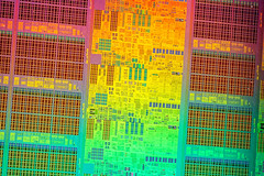 Intel@Sandybridge@Ivy_Bridge-EX_(Ivytown)@Xeon_E7_V2@QDPJ_ES___Stack-DSC07649-DSC07716_-_ZS-retouched (FritzchensFritz) Tags: macro ex vintage focus die open shot intel stacking es cpu makro supermacro lga package wafer cracked core processor fokus xeon ivybridge prozessor supermakro 20111 focusstacking cpupackage cpudie heatspreader 30threads stackshot dieshot fokusstacking stackrail ivytown dieshots waferdie wafershot qdpj 15cores