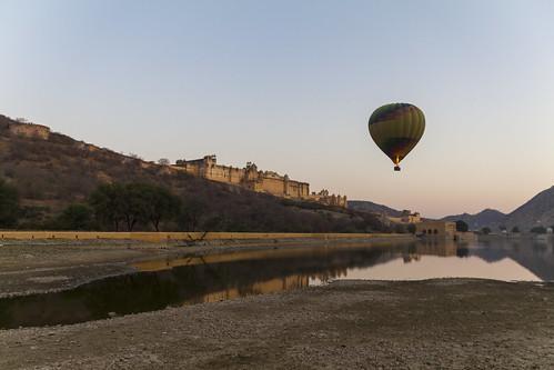 Heißluftballonfahrt in Jaipur