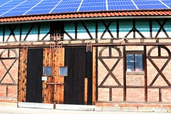 Old, old barn - and solar panels! (:Linda:) Tags: barn germany town solarpanel thuringia halftimbered browndoor themar
