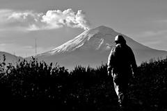 Perfil (Momoztla) Tags: snow luz mexico volcano mujer women y nieve negro espalda fumarola volcan lateral popocateptl ixtapaluca balnco momoztla