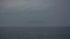La isla misteriosa (tincho.uy) Tags: brazil face fog brasil cara playa buzios isla niebla indio mistery misterio misteriosa