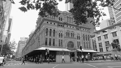 QVB Queen Victoria Building Sydney CBD NSW April 2016(BW) (nicephotog) Tags: city urban design sandstone crowd sydney victoria queen nsw era cbd qvb carvings