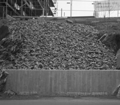 Gravel (rotabaga) Tags: blackandwhite bw 120 6x6 mediumformat göteborg diy lomo sweden gothenburg sverige tmax400 lubitel166 svartvitt mellanformat bwfp