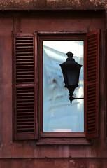 IN and OUT (daniel.virella) Tags: roma window lamp reflex italia trevi piazza baroque fontana bernini barocco salvi unescoworldheritagesites