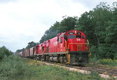A dark August Day in Central Wisconsin (ac1756) Tags: 2 wisconsin 1978 315 citypoint alco gbw greenbayroute c430 greenbaywestern