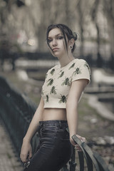 the city becomes your playground #6 (Joo Carmo) Tags: street city portrait people woman girl beautiful female pretty bright f14 young babe m42 colourful oldglass f19 vintagelens mamiya80mmf19 canoneos650d