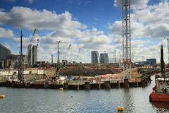 Filling in more of West India Dock (dyvroeth) Tags: london construction unitedkingdom gbr civilengineering southquay cofferdam westindiadock londonboroughoftowerhamlets