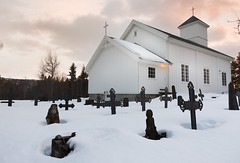 Dagali's grave under the snow (Cyril Blanchard) Tags: city winter sunset white snow church grave norway canon death melting cityscape cross pray christian soul 24mm dagali underthesnow 5dmarkiii