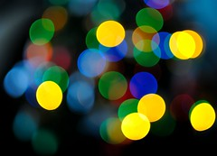 DSC_8771 (klakeduker) Tags: from new color beauty lights glare bokeh circles year garland bulbs helios 44m
