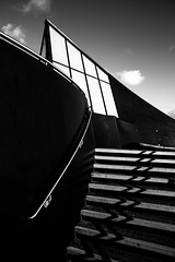 all the right curves in all the right places (I AM JAMIE KING) Tags: city bridge shadow architecture point curves steps boom sharp blade hull shape scimitar 2016 curature