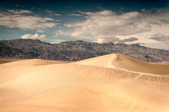 Mesquite Flat Dunes (eScapes Photo) Tags: california nevada deathvalley sierras monolake stovepipewells mesquiteflatdunes