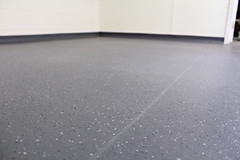 Lake Pearl Lucianos_Altro XpressLay_3 (Altro USA) Tags: floors industrial floor duty safety commercial slip flooring heavy altro resistant