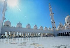 Abu dhabi mosque - side view ([s e l v i n]) Tags: blue art architecture worship tomb mosque holy abudhabi abudhabimosque sheikhzayedmosque