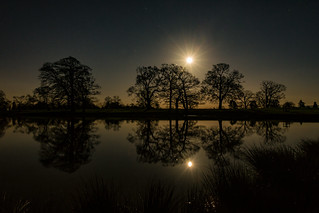 Pirton by moonlight - Explore 230216