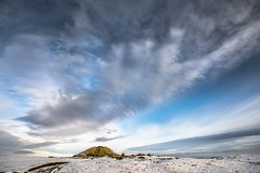 The mound at Cairnpapple. (AlbOst) Tags: winter snow clouds skies mound historicscotland winterbeauty cairnpapple burialsite cairnpapplehill