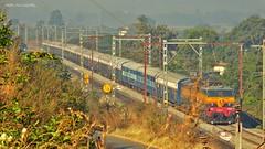 Mumbai - Pune Intercity Express (AyushKamal2014) Tags: kamshet 21892 mumbaicstpuneintercityexpress kynwcam3