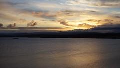 Gn Doumu (buRlutA) Tags: sea cloud sun sunrise turkey seagull trkiye deniz bulut gne mart balkesir ayvalk gndoumu laleadas