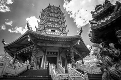 Pagoda (Henry Sudarman) Tags: blackandwhite bw architecture indonesia samsung places traveling semarang buiding nx arsitektur mirrorless hitamputih samsungnx nx10