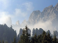 20150606-002F (m-klueber.de) Tags: italien italy italia wolken morgen dolomites dolomiti dolomiten 2015 odle geiseln geislerspitzen mkbildkatalog aferer 20150606 20150606002f