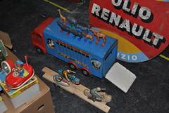 Giocattoli (TAPS91) Tags: giocattoli automotoretr